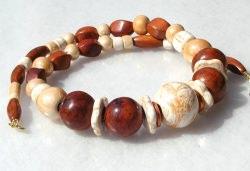 Collier GOLD-BRAUN  Keramik und Bayong-Holz - Handarbeit kaufen