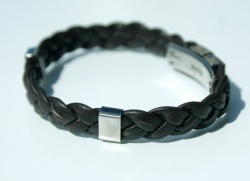 Männer Armband Nappa-Leder dunkelbraun geflochten Edelstahl - Handarbeit kaufen