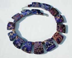 Collier CLEOPATRA Sediment-Jaspis violett ausgefallen Steinschmuck Unikat elegant extravagant