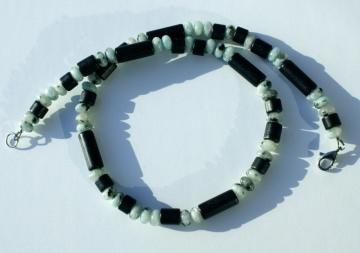 Kette für Männer Kiwi-JASPIS mit Keramik schwarz aqua Steinschmuck Edelstahl leicht dezent  - Handarbeit kaufen