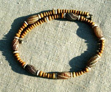 Kette für Männer Jade  mit Gravur Holz-Jaspis Steinschmuck Bone Wellen dezent