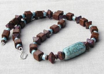 ausgefallene Kette ERDE und HIMMEL Keramik Lederband braun hellblau türkisblau Würfel ausgefallen leger versilbert ethno Design