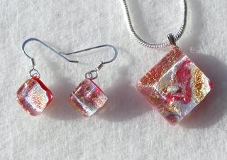 Schmuckset SILBRIGES ORANGE dichroitisches Glas 925er Silber Anhänger Ohrhänger Quadrat Unikat Silber zierlich verspielt