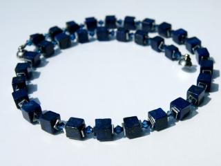 Halskette LAPIS in WÜRFELN Lapislazuli Hämatit Kristall schmal dunkelblau elegant dezent