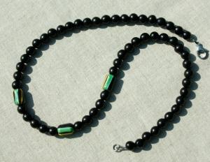 Halskette Männer EBENHOLZ mit afrikanischen CHEVRON-Perlen Edelstahl  edel Unikat