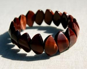 edles Armband aus rotem Tigerauge  - Handarbeit kaufen