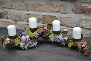 Adventskranz-Adventsgesteck- auf Rebholz-Wurzel-Rebwurzel-Wurzelgesteck- Waldzwerg