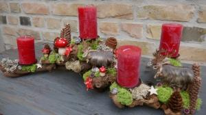 Moneria-Adventskranz-Adventsgesteck-Rebholz-Wurzelgesteck-stolze Waldtiere