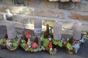 Moneria-Adventskranz-Adventsgesteck-Rebholz-Wurzelgesteck-Bergweihnacht-1-