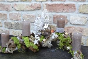 Adventskranz-Wurzelgesteck-leuchtet auch ohne angezündete Kerze-Winterbäume-