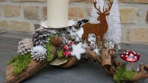 Moneria-Adventsgesteck-Rebholz-auf Futtersuche-5-