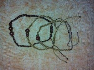 Handgemachtes Armband - Satz