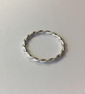 Stapelring Kordelring Goldschmiedearbeit Silber Ring gekordelt