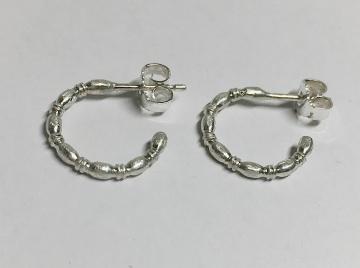 Ohrstecker Creolen verziert Goldschmiedearbeit Silber