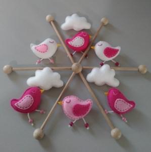 ♥  Süßes Babymobile mit Vögelchen, Sternchen und Wolken aus Filz ♥