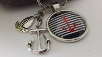 Anker Schlüsselanhänger maritim handgefertigter Glascabochonanhänger mit Metallanhänger Anker Segelboot - Handarbeit kaufen