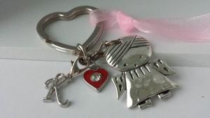 Personalisierbarer Schutzengel Schlüsselanhänger mit Initialen Charms Glücksbringer Geschenk Frauen Mädchen Prüfung Führerschein Schulanfang - Handarbeit kaufen