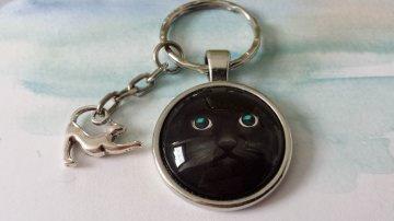 Schwarze Katze Kater Schlüsselanhänger handgefertigt Glascabochon Geschenk Frauen Männer für Katzenliebhaber  - Handarbeit kaufen