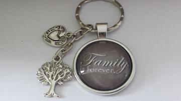 Familie Schlüsselanhänger Glascabochon Family mit Text handgefertigt Baum Herz Geschenk Mama Oma Tante  - Handarbeit kaufen