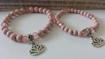 Mama Tochter Armband 2er-Set handgefertigt mit Lotusbumen Anhänger Geschenk Frauen Mädchen - Handarbeit kaufen