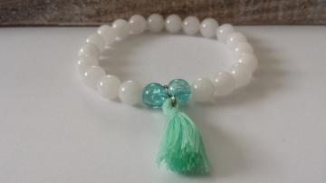 Boho Armband Jade weiß handgefertigt mit Quaste türkis als Geschenk Frauen Freundin Erinnerungsgeschenk - Handarbeit kaufen