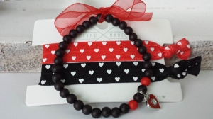 Wunderschönes Herzarmband- Hairties -Set 3-teilig handgefertigt Geschenk von Herzen mit Kärtchen