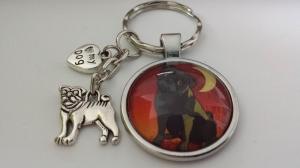 Hunde Schlüsselanhänger schwarzer Mops handgefertigt mit Anhängern Hundeliebe tolles Accessoire Geschenk Frauen Männer Danke Gassigehen - Handarbeit kaufen