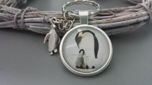 Pinguin Schlüsselanhänger Mutterliebe handgefertigt mit Pinguin Anhänger Accessoire Geschenk Frauen Kinder Muttertag  - Handarbeit kaufen