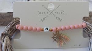 Initialen Buchstaben Armband personalisierbar mit Steuerrad und Quaste handgefertigt Acrylperlen Geschenk Frauen Freundin - Handarbeit kaufen