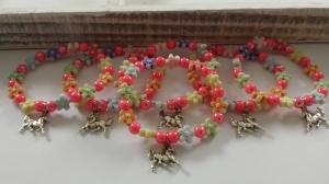 Pferde Armbänder als Gastgeschenk Mitgebsel 6-er Set Kindergeburtstag Pferdeliebe Reiten Geschenke Mädchen - Handarbeit kaufen