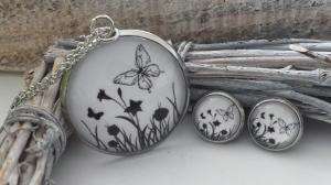 Schwarze Schmetterlinge Schmuckset handgefertigter Glascabochonschmuck Kette mit Ohrsteckern aus Edelstahl Geschenk Frauen Erinnerung - Handarbeit kaufen