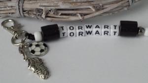 Glücksbringer Torwart Fußball Schlüsselanhänger mit Buchstabenperlen Metallanhänger Sportschuh Geschenk Männer Freund - Handarbeit kaufen