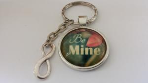 Be mine Infinity Schlüsselanhänger Glascabochonanhänger handgefertigt Geschenk für Frauen Freundin Verliebte Hochzeit - Handarbeit kaufen