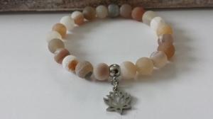 Lotus Edelstein Perlenarmband gefrostetes Amazonit handgefertigt mit Lotus Anhänger Edelstahl Yoga Achtsamkeit Geschenk Frauen - Handarbeit kaufen