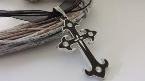 Klassische Kreuzhalskette Organzaband schwarz handgefertigt Kreuzanhänger mit Strass Geschenk Frauen Trauer Glaube Gothic - Handarbeit kaufen