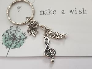 Glücksbringer Musik Trompete Schlüsselanhänger handgefertigt Violinenschlüssel Notenschlüssel Geschenk Frauen Männer Musiker Konzert  - Handarbeit kaufen