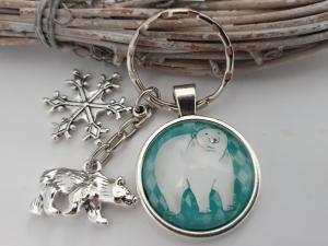 Eisbär Schneeflocken Schlüsselanhänger Glascabochon handgefertigt mit Metallanhängern Geschenk Frauen Freundin Männer Kinder Winter   - Handarbeit kaufen