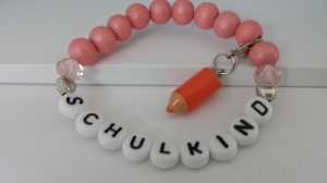 Einschulungsgeschenk für Mädchen Armband Schulkind mit Farbstiftanhänger Resin Geschenkset Schulanfang mit Karte - Handarbeit kaufen