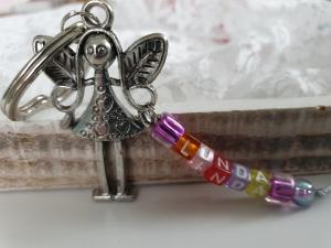 Niedlicher Schutzengel mit Namen Schlüsselanhänger handgefertigt bunte Buchstabenperlen Geschenk Mädchen Einschulung Frauen Abschied Auto - Handarbeit kaufen