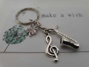 Glücksbringer Musik Saxophon Schlüsselanhänger handgefertigt Violinenschlüssel Notenschlüssel Geschenk Frauen Männer Musiker Konzert  - Handarbeit kaufen