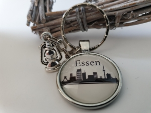 Essen Ruhrgebiet Schlüsselanhänger handgefertigt mit Metallanhänger Grubenlampe Accessoire Andenken Souvenir   - Handarbeit kaufen