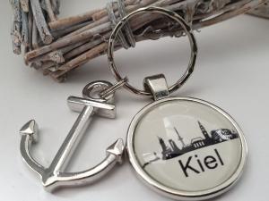 Kiel Schlüsselanhänger handgefertigt mit Metallanhänger Anker Geschenk Andenken Souvenir Frau Mann   - Handarbeit kaufen
