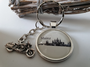Mainz Schlüsselanhänger handgefertigt mit Metallanhänger Motorrad Geschenk Andenken Souvenir Frau Mann   - Handarbeit kaufen