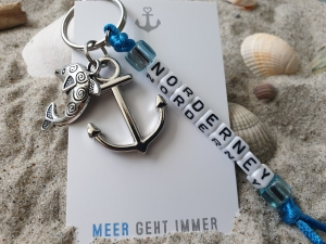 Norderney Schlüsselanhänger Souvenir mit Buchstabenperlen handgefertigt mit Metallanhängern Anker Delphin Geschenk Frauen Männer - Handarbeit kaufen