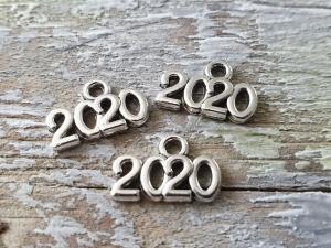 Jahr 2020 Zahl Metallanhänger silberfarben 10 Stück