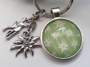 Edelweiß Schlüsselanhänger mit Reh handgefertigt Glascabochon Geschenk Accessoire Trachtenfeste Frauen - Handarbeit kaufen