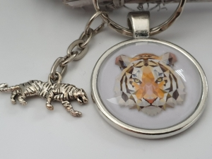 Tiger Schlüsselanhänger Glascabochon handgefertigt wildes Tier Geschenk Männer Freund Abschiedsgeschenk - Handarbeit kaufen