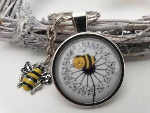 Biene Schlüsselanhänger mit Pusteblume Glascabochon handgefertigt Geschenk Mädchen Frauen Freundin Imker Danke Honig  - Handarbeit kaufen