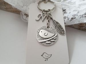 Vogel Spatz Schlüsselanhänger mit Initialen personalisierbar handgefertigt mit Feder Geschenk Frauen Freundin Kollegin  - Handarbeit kaufen