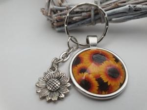 Sonnenblumen Schlüsselanhänger Glascabochon handgefertigt mit Blumenanhänger Geschenk Frauen Freundin Dankeschön Erinnerung Sommer - Handarbeit kaufen